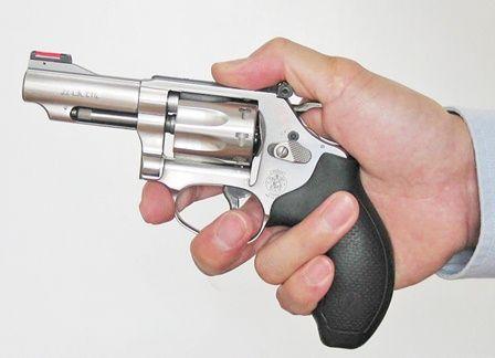 【議員關注】宋碧琪促政府重新審視及檢討自衛槍標準